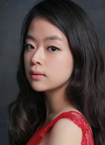 Dami Kim 김다미